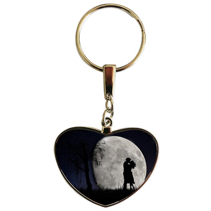 saint valentin couple sous la lune 2